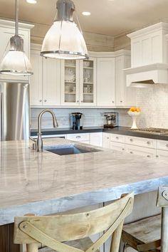 Super White Granite, Super White Quartzite, White Granite Kitchen, White Kitchens, Dream Kitchens, White Quartzite Countertops, Build Kitchen Island, Modern Kitchen Design, Kitchen Designs