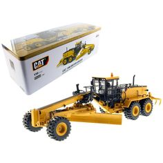 CAT Caterpillar 24M Motor Grader with Operator High Line Series 1-50 Diecast Model by Diecast Masters