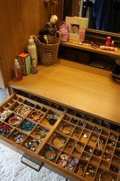 Un casier d'imprimerie pour ranger les bijoux ♥ (Hélène et les jolis mômes)