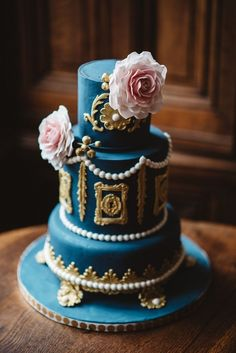 You've no doubt spent a fair bit of time searching for wedding cake inspo on Instagram and Pinterest. Naked cakes, rainbow cakes, fresh-floral adorned cakes: you've seen it all- or so you thought. We present to you three weddings cakes with three one-of-a-kind designs and all the heart-eyes. This list is short, but oh-so sweet. …