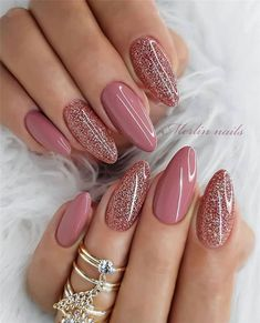 Trendy Ombre Nails Design Ideas That Look Elegant .- Trendy Ombre Nails Design-Ideen, die elegant aussehen werden 2019 – Lackieren Trendy Ombre Nails Design Ideas That Will Look Elegant 2019 – Varnishing – – - Valentine's Day Nail Designs, Nail Designs Pictures, Ombre Nail Designs, Winter Nail Designs, Nails Design, Mauve Nails, Pink Nails, Girls Nails, Nail Art Ombré