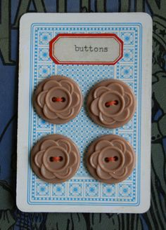 cute idea for vintage buttons