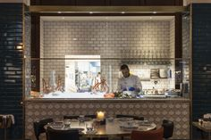 Interiors and branding for Fancy Crab restaurant by DesignLSM, Marylebone / London – UK Open Kitchen Restaurant, Semi Open Kitchen, Crab Restaurant, Restaurant Layout, Kitchen Pass, Open Kitchens, Kitchen Nook, Restaurant Interior Design, Cafe Interior