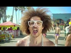 LMFAO - SEXY AND I KNOW IT ( VIDEO MASHUP AND MEZ ONE REMIX )