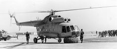 Crafty  jews recover a nose-landing-gear-less Mi-8 without further damage