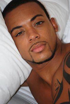 gorgeous eyes, I look stare into those for a good long time Fine Black Men, Gorgeous Black Men, Black Man, Handsome Black Men, Hot Black Guys, Gorgeous Eyes, Pretty Eyes, Fine Men, Amazing Eyes