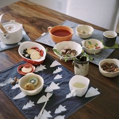 So sweet!  I love these placemats by Old Brand New!
