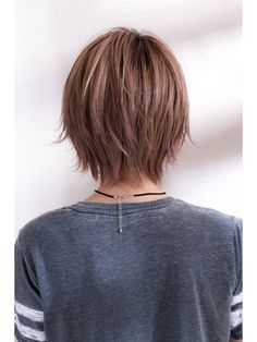 example of tapered shape Medium Short Hair, Short Hair With Layers, Short Hair Cuts, Medium Hair Styles, Curly Hair Styles, Short Choppy Haircuts, Hair Layers, Hairstyles Haircuts, Pretty Hairstyles