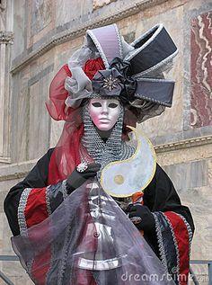 Venice Carnival Costumes, Venetian Carnival Masks, Carnival Of Venice, Mask Face Paint, Carnival Fantasy, Costume Carnaval, Costume Venitien, Songkran Festival, Venice Mask