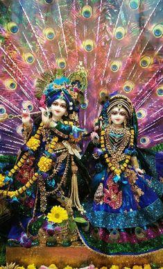 Krishna and Radha Krishna Mantra, Krishna Leela, Krishna Statue, Cute Krishna, Lord Krishna Images, Radha Krishna Pictures, Radha Krishna Photo, Radha Krishna Love, Krishna Photos
