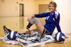 Walking in Faith Volleyball Poses for Senior Cute Senior Pictures, Sports Pictures, Senior Photos, Graduation Pictures, Senior Portraits, Senior Session, Sports Team Photography, Volleyball Photography, Senior Photography