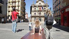 El gasto medio del turista rural en Navarra: 52 euros diarios http://www.rural64.com/st/turismorural/El-gasto-medio-del-turista-rural-en-Navarra-52-euros-diarios-5444