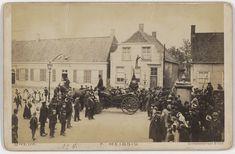 Geboortehuis van Vincent van Gogh te Zundert 1900 Foto werd genomen t.g.v. de 100 jarige geboortedag van de boerenknecht Jan Lieshout. #NoordBrabant