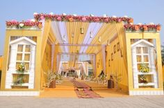 Photo From FLORAL BLISS - By Bhasin's Luxury Wedding Planner & Designer Photo of yellow and white entrance decor ideas. Desi Wedding Decor, Luxury Wedding Decor, Wedding Decorations On A Budget, Wedding Ideas, Hall Decorations, Wedding Backdrops, Flower Decorations, Rustic Wedding, Wedding Photos