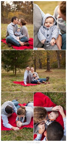 Limefish Studio: Holiday Family Portraits | Holiday Family Photos | Family Pose Ideas | Newborn Family Pose