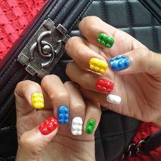 어제  네일했찌롱~~  딱죠아  @sense_hong_  #Lego #nail #nailart #auraj #style #chanel