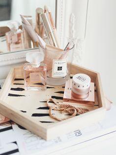 Makeup Storage Tips & Tricks. - KATE LA VIE