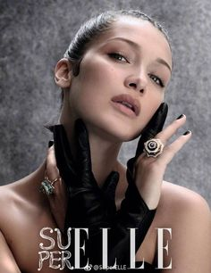 Supermodel Bella Hadid shines in silver on the debut, Fall cover of SuperELLE China. Lensed by Mathieu Cesar, the brunette stunner covers up in a silver… Fashion Cover, Fashion Shoot, Editorial Fashion, Fashion Models, Gigi Hadid Pictures, Isabella Hadid, Bella Gigi Hadid, The Brunette, Athletic Looks