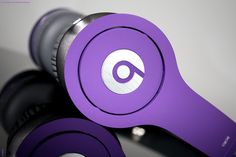 I wish I could traded in my white beats for these purple dre. beats