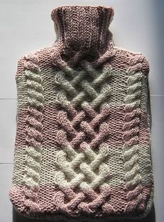 Ravelry: Cabled Hot Water Bottle Cover/Cozy pattern by Vivianne Kacal Tea Cosy Knitting Pattern, Knitting Paterns, Knitting Yarn, Knit Patterns, Knitting Projects, Free Knitting, Sewing Projects, Period Kit, Water Bottle Covers