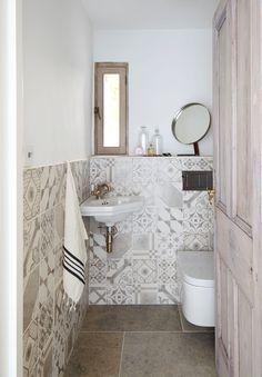 Blenheim Grey Brushed Limestone Floor Tiles | Mandarin Stone