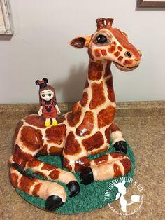 #giraffe #cake #birthdaycakes #party #animals #safariparty #birthdayparty #sculpted #3D
