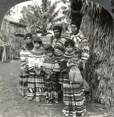 Seminole Indian family, whose forefathers inhabited the everglades, Miami Florida, 1900 Native American History, Native American Indians, Native Americans, American Life, Seminole Indians, Indian Family, Black Indians, Black History Facts, First Nations