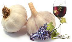 Táto protirakovinová medicína s cesnakom a vínom vám pomôže v boji s viac než 100 ochoreniami! | 3xkrát čajová lyžička pred jedlom , užívať jeden mesiac. Opakovať po polroku Nordic Interior, Healing Herbs, Onion, Detox, Garlic, Vegetables, Health, Tips, Food