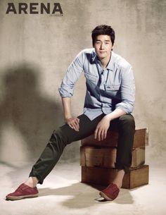Yoo Ji Tae - Arena Homme Plus Magazine April Issue 13