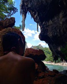 From the cave #thailandluxe #thailandinsider #thailandtextbook #aboutthailand #tailandia #thailand #krabi #aonang #asia #railey #raileybeach