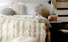 La maleta de Pochola: Un cojín de lana para hoy!