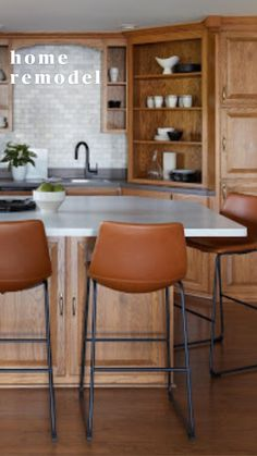 Stools For Kitchen Island, Kitchen Chairs, Kitchen Decor, Kitchen Breakfast Bar Stools, Bar Chairs, Mid Century Bar Stools, Diy Furniture Renovation, Bar Stools With Backs, Leather Dining Room Chairs