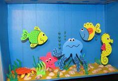 Аквариум - поделка для детей из коробки и цветной бумаги
