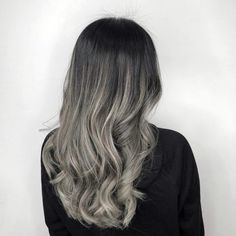 20 Remarkable Dark Ombre Hair Color Ideas for 2019 Black Purple Ombre, Dark Ombre Hair, Brown To Blonde Ombre, Ombre Hair Color, Dark Hair, Hair Colors, Really Curly Hair, Brown Hair With Caramel Highlights, Blonde Ends