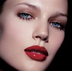 A well done red lip is always in fashion.