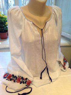 Boho Fashion, Fashion Dresses, Womens Fashion, Lace Beadwork, Ukrainian Dress, Paint Shirts, Fairy Clothes, Linens And Lace, Blouse Dress