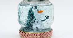 You won't believe how simple it is to make this fun snow craft with your little one until all of a sudden, it's right in front of you. In fact, these Quick and Easy Homemade Snow Globes can be made in less than five minutes. Homemade Christmas Crafts, Christmas Crafts For Kids To Make, Handmade Christmas Gifts, Kids Christmas, Holiday Crafts, Party Crafts, Simple Christmas, Homemade Gifts, 2nd Grade Christmas Crafts