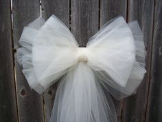 White Tulle Pew Bow, Ivory Pew Bow, Tulle, Church Pew Decor, Quinceanera Decorations, Formal Wedding, Aisle Decor