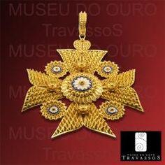 Portuguese 19.2K Gold Filigree Malta Maltese Cross Pendant $8,650.00