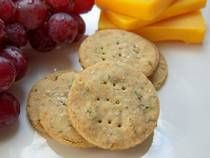 How to Make Your Own Gluten-Free Herbal Crackers