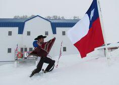 En la Antártica Chilena también se baila cueca! www.prensaantartica.wordpress.com