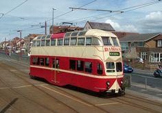 London Transport, Public Transport, Rubber Raincoats, Bonde, Light Rail, Blackpool, Busses, Sunderland, Durham