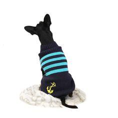 Pehmoinen ja tyylikäs neule lämmittää parasta ystävääsi kolealla kelillä. / Soft and stylish knit keeps your best friend warm in chilly days.