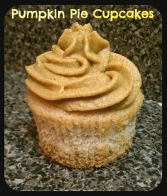 Thanksgiving - Pumpkin Pie Cupcakes