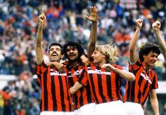 Pietro Paolo Virdis, Ruud Gullit, Angelo Colombo et Paolo Maldini (AC Milan)