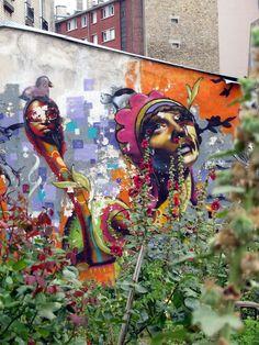 street art & graffiti Paris Love it!