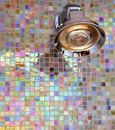 31 Stunning Shower Tile Ideas For Your Bathroom 2019 31 Stunning Shower Tile Ideas For Your Bathroom Farm.Family The post 31 Stunning Shower Tile Ideas For Your Bathroom 2019 appeared first on Shower Diy. Deco Tumblr, Comment Dresser Une Table, Room Wall Tiles, Shower Tile Designs, Shower Tiles, Bathroom Colors, Bathroom Ideas, Mirror Bathroom, Small Bathroom
