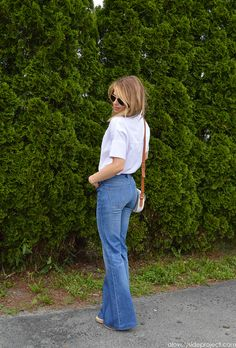 A Lovely Side Project | Flare Jeans for Fall | http://alovelysideproject.com