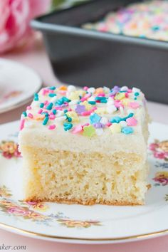 This delicious vanilla sheet cake is soft, moist and topped with a fluffy vanilla buttercream. It's the ultimate dream cake for vanilla lovers. Make this easy dessert recipe for your next special occasion or any occasion! Vanilla Sheet Cakes, Vanilla Cake, Easy Desserts, Dessert Recipes, Baker Recipes, Dream Cake, Vanilla Buttercream, Cupcake Cakes, Cupcakes