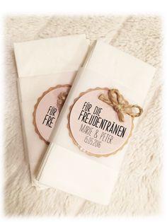 Gastgeschenke - Vintage Freudentränen Taschentücher ♥♥♥ - ein Designerstück von sweetrustic bei DaWanda